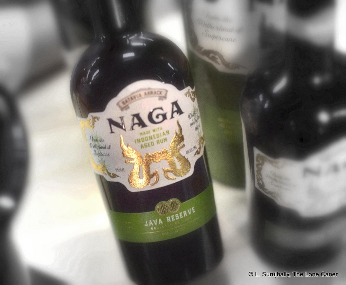 naga-batavia-arrack-indonesian-rhum